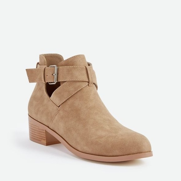 Low Rider Strap & Buckle Bootie